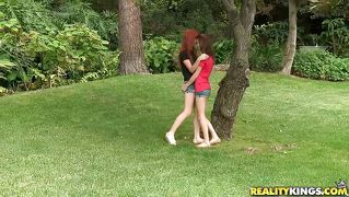 chicks get it on at outdoor