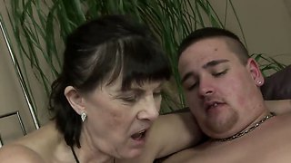 Kinky granny margo t. gets a young cock and sucks it like a crazy bitch