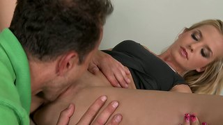 Blonde bella fucked en lek deur george