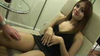 Interview med en ladyboy og bareback anal sex