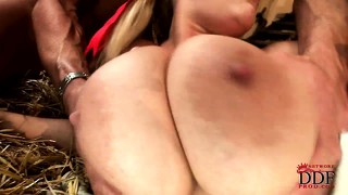 Blonde gets jizz dripping down her chin and onto her fat tits