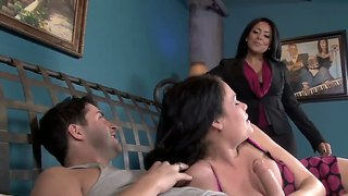 Stunners ashli ames and kiara mia share handsome stud