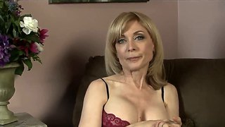 Dia lewa wordt verleid door hornynina hartley