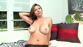 latinas milf stream