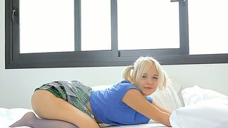 Insane blonde teen monroe plays with her body on bed