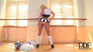 Tracy lindsay aka tracy succulent is a hot blooded cheerleader that has a nice time finger fucking her pink hole. chick in uniform and white panties sticks her fingers as deep as possible.