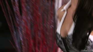 Kelly klass seduces, unclothes and sucks a lucky guy until she drives him crazy